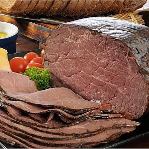 ROAST BEEF 100% (sold per 100 grams)